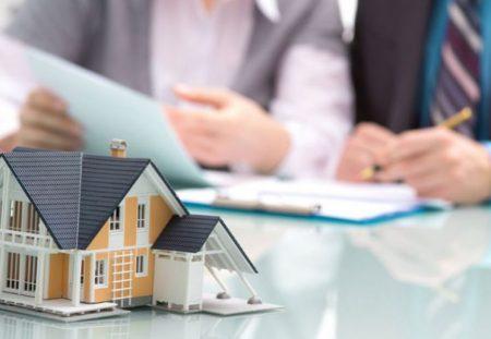 Как разделить дом и квартиру между супругами